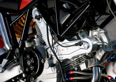 EngineR03