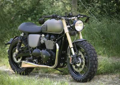 Triumph Bonneville 4