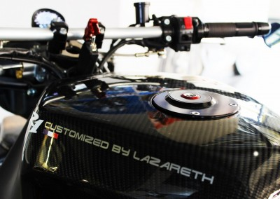 Lazareth - Caferacer - Yamaha R1 - Back to the future (12)