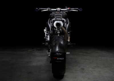 Lazareth - Caferacer - Yamaha R1 - Back to the future (3)