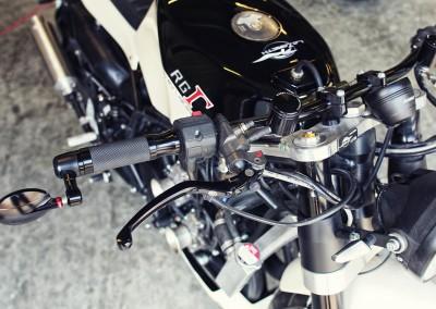 suzuki-rg400-2